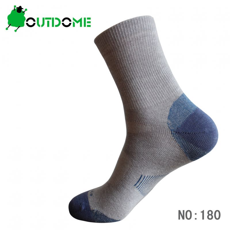 Socks Cycling Spring & Autumn Quick-Drying Socks Outdoor Sports Hiking  180